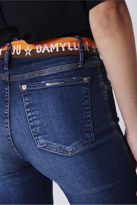 Calca-Jeans-Cigarrete-Rasgada-com-Cinto-Detalhe-1--