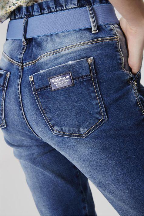 Calca-Jeans-Cropped-Clochard-com-Cinto-Detalhe--