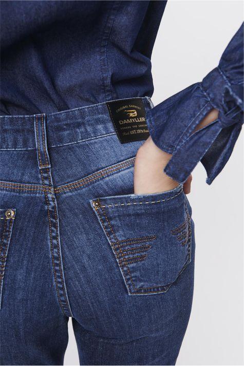Calca-Boot-Cut-Jeans-com-Cintura-Alta-Detalhe--