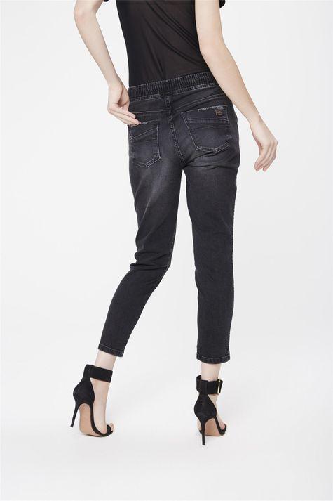 Calca-Jogger-Jeans-Preta-Feminina-Costas--