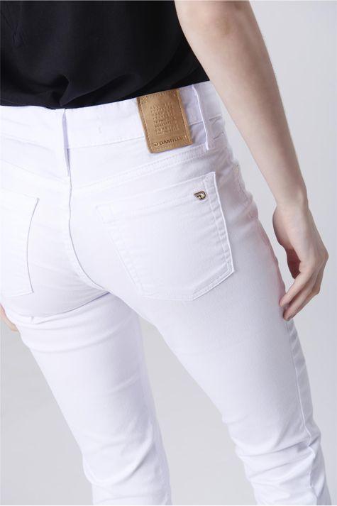 Calca-Skinny-Branca-Feminina-Detalhe--