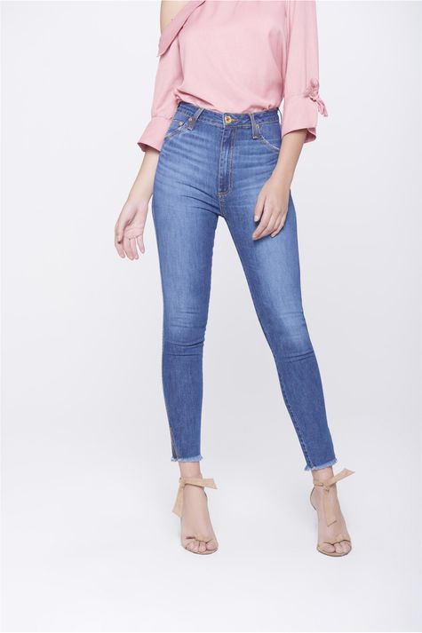 Calca-Jegging-Jeans-com-Fenda-na-Barra-Frente-1--