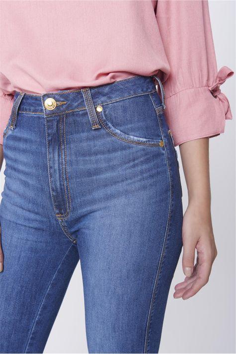 Calca-Jegging-Jeans-com-Fenda-na-Barra-Detalhe-1--