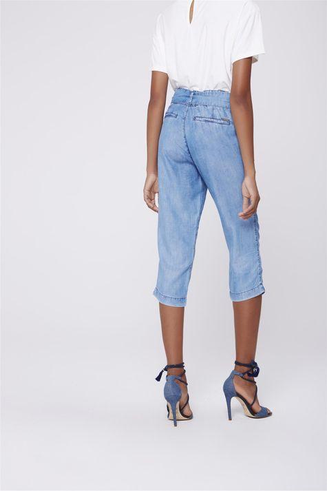 Calca-Capri-Jeans-Feminina-com-Cinto-Costas--
