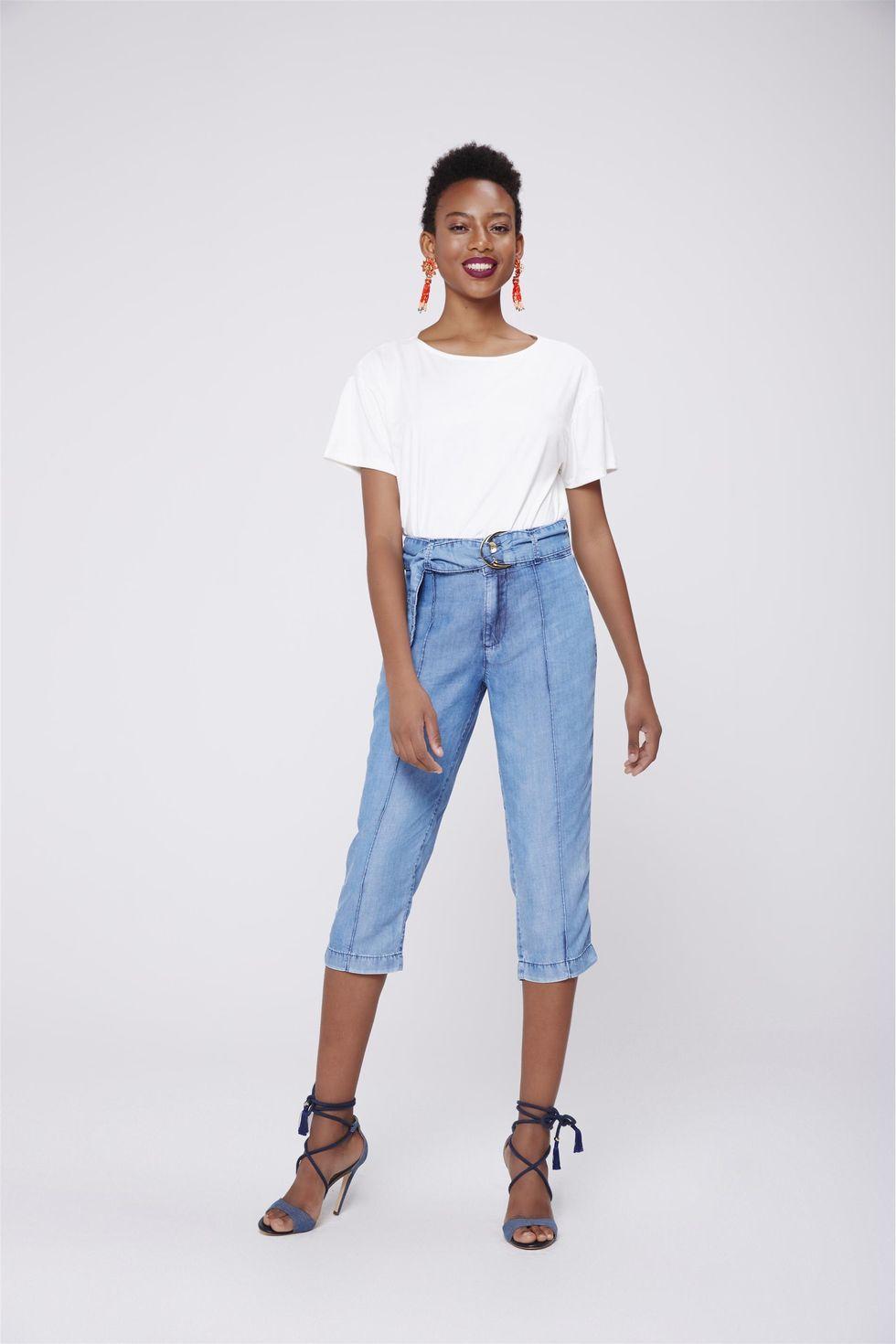 Calca-Capri-Jeans-Feminina-com-Cinto-Frente--