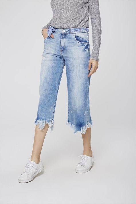 Pantacourt-Jeans-Destroyed-com-Lenco-Frente-1--