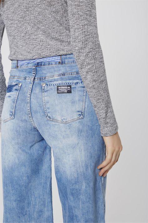Pantacourt-Jeans-Destroyed-com-Lenco-Detalhe--