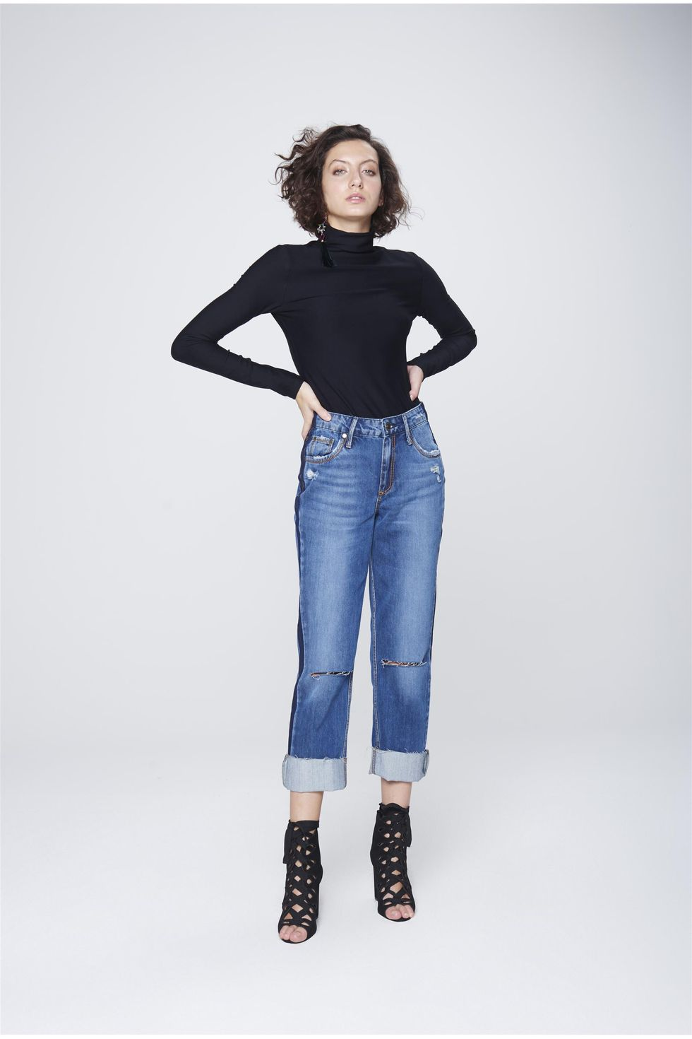 Calca-Cropped-Jeans-Patch-Lateral-Frente--