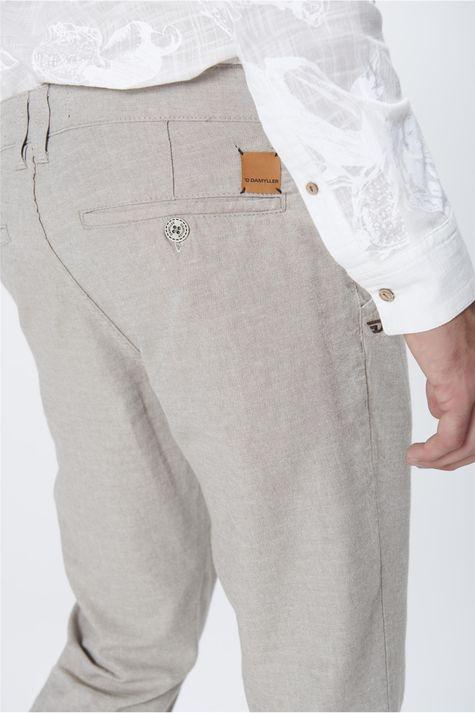Calca-Chino-Masculina-Detalhe--