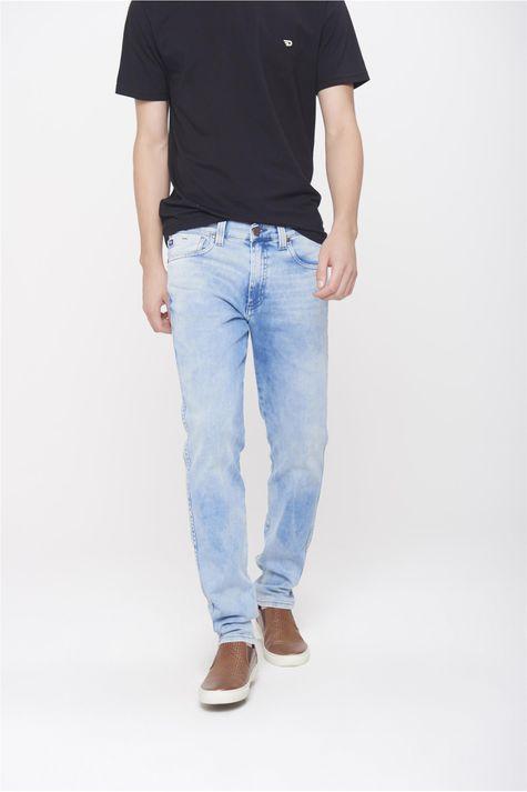 Calca-Jeans-Justa-Masculina-Frente-1--