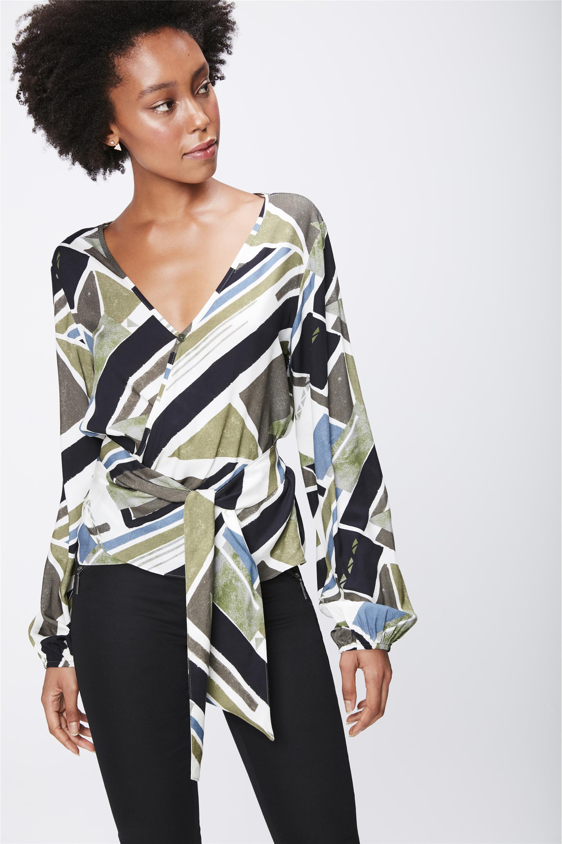 f831b0b55 Camisa Estampada com Transpasse Feminina - Damyller