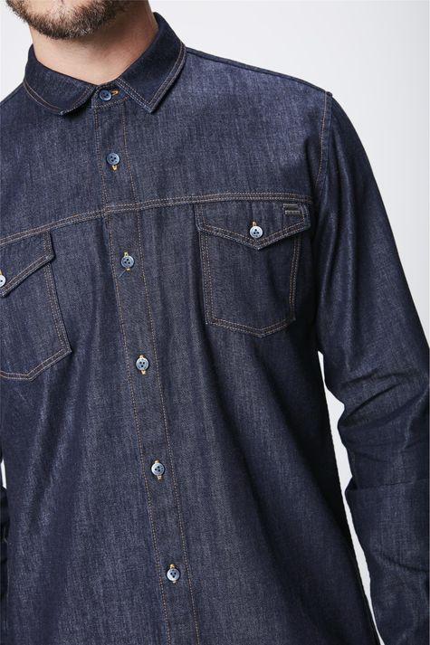 Camisa-Jeans-Escuro-Masculina-Detalhe--