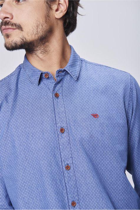 Camisa-Jeans-Estampada-Masculina-Detalhe--
