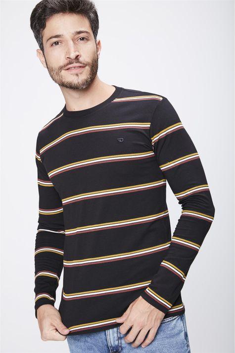 Camiseta-Preta-com-Listras-Masculina-Frente--