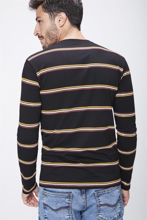 Camiseta-Preta-com-Listras-Masculina-Costas--