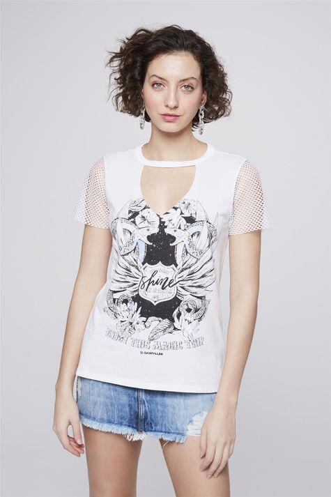 Camiseta-Estampada-com-Mangas-de-Tela-Frente--