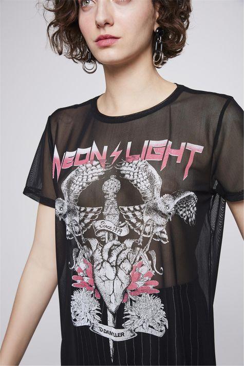 Camiseta-de-Tule-Estampada-Feminina-Detalhe--