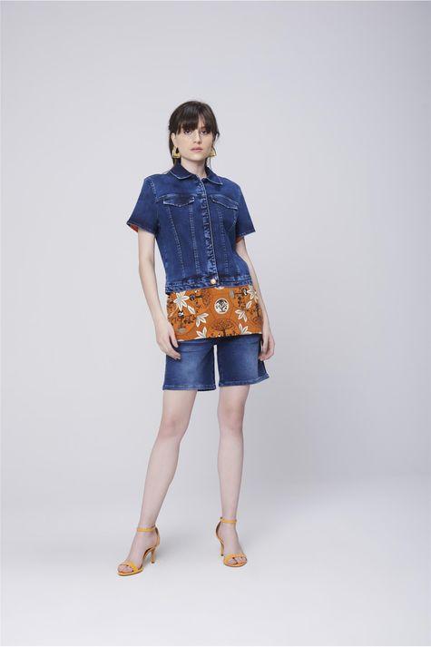 Jaqueta-Trucker-Jeans-com-Mangas-Curtas-Detalhe-1--