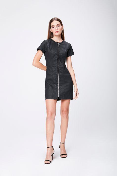 Vestido-Resinado-com-Ziper-Frontal-Detalhe-1--