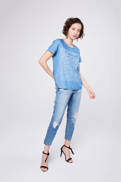 Camiseta-Jeans-com-Estampa-Frontal-Detalhe-1--