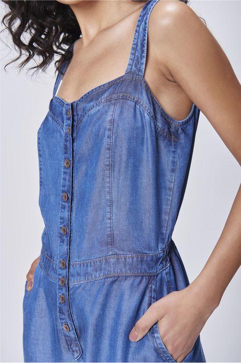 Macacao-Curto-Jeans-com-Botoes-Detalhe--