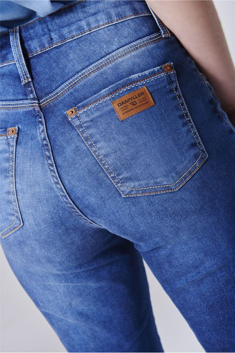 Bermuda-Jeans-Feminina-Cintura-Alta-Detalhe--