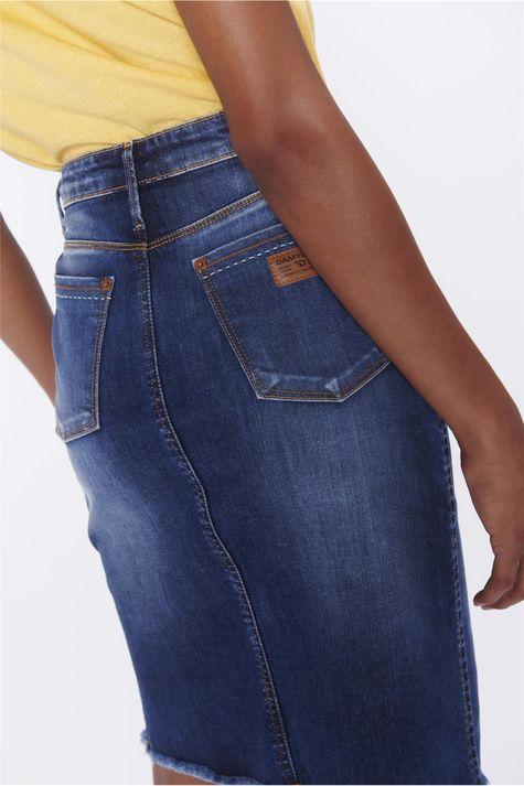 Saia-Secretaria-Jeans-com-Abotoamento-Detalhe--