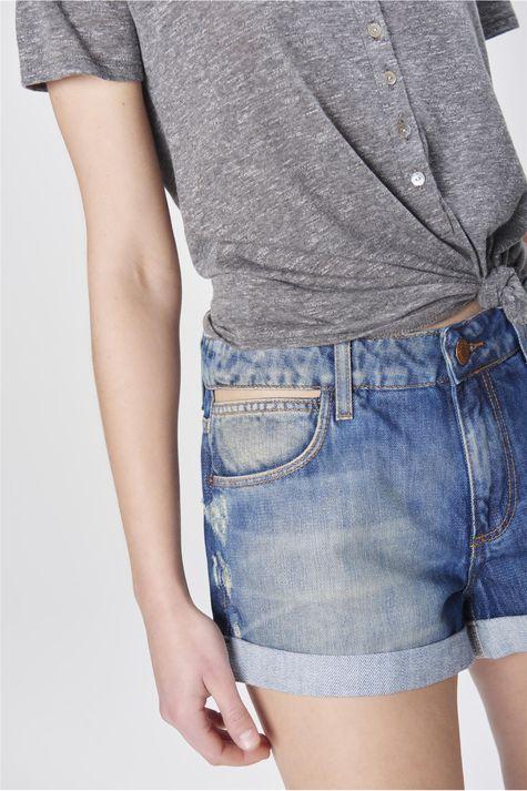 Short-Jeans-Boyfriend-com-Puidos-Detalhe--