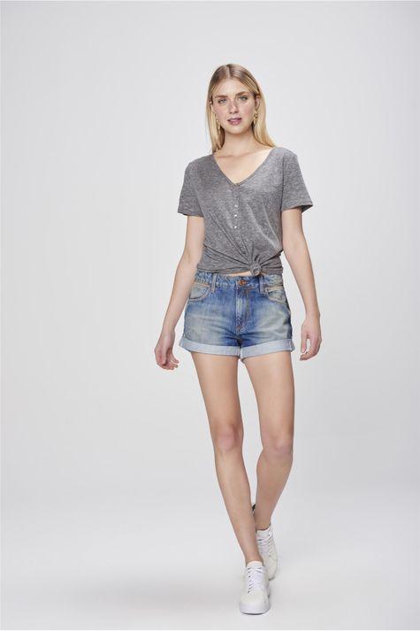 Short-Jeans-Boyfriend-com-Puidos-Detalhe-2--