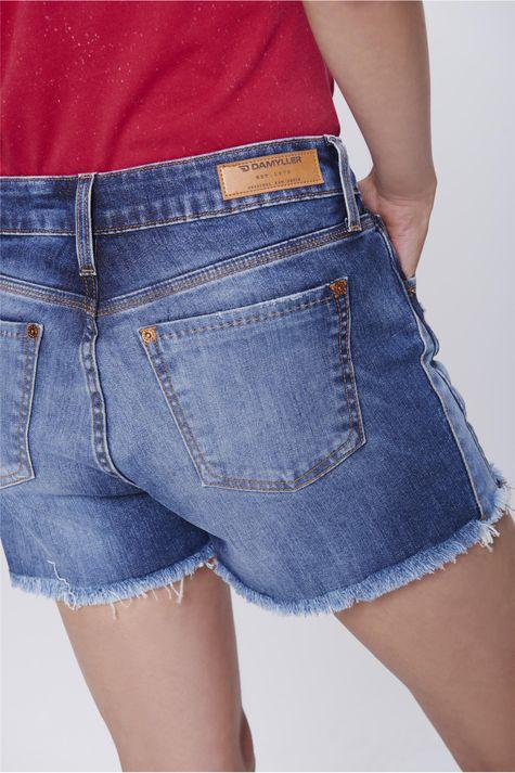 Short-Jeans-de-Cintura-Alta-com-Recortes-Detalhe--