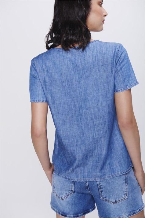 Camiseta-Jeans-com-Recortes-Feminina-Frente--