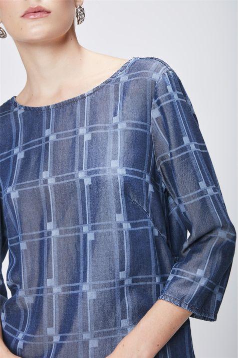 c30154209c ... Blusa-Jeans-com-Padronagem-Geometrica-Frente-- ...