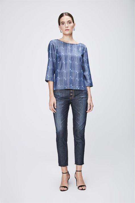 Blusa-Jeans-com-Padronagem-Geometrica-Detalhe-1--