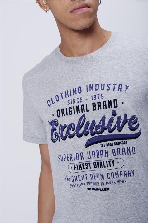 Camiseta-Masculina-Malha-Mescla-Detalhe--