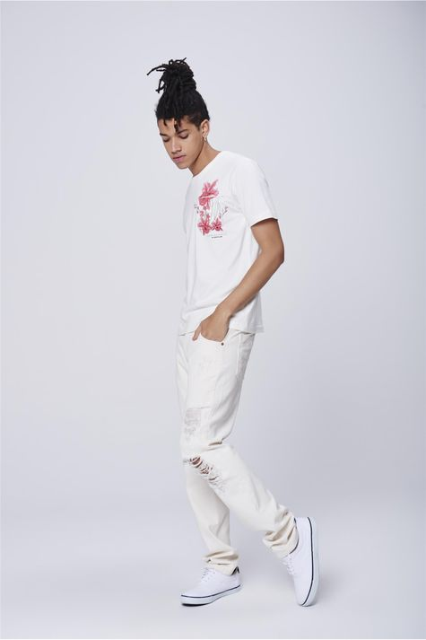 Camiseta-Masculina-Estampa-Bolso-Detalhe-2--