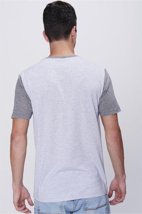 Camiseta-Listrada-com-Tipografia-Costas--