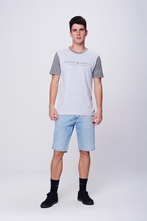 Camiseta-Listrada-com-Tipografia-Detalhe-1--