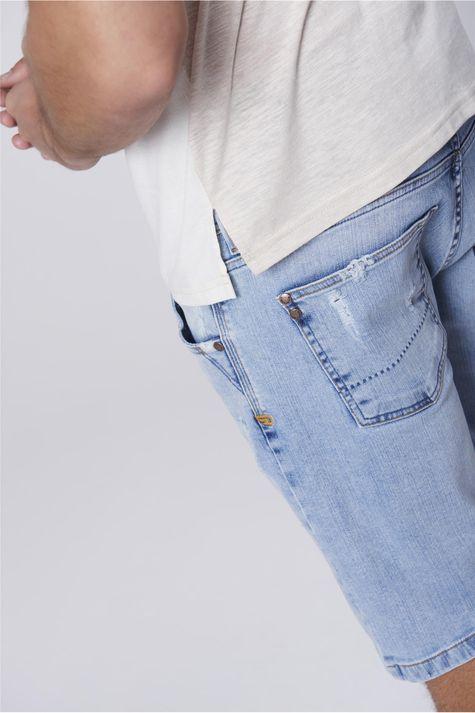 Camiseta-Masculina-Mistura-de-Tecidos-Detalhe-1--