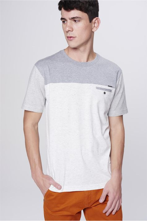 Camiseta-Masculina-com-Recorte-Frente--