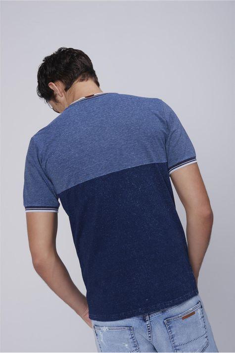 Camiseta-Masculina-com-Ribanas-Costas--