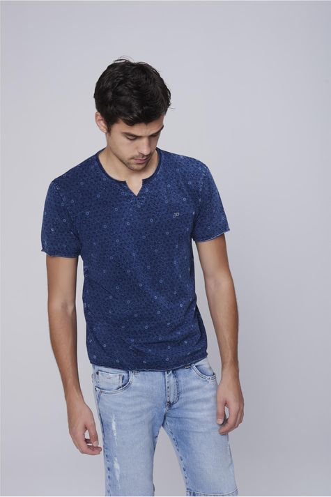 Camiseta-Malha-Indigo-Estampa-Repeticao-Frente--