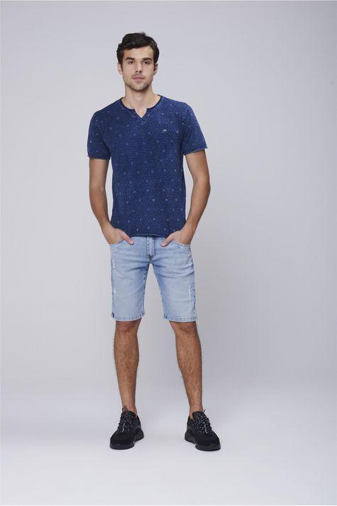 Camiseta-Malha-Indigo-Estampa-Repeticao-Detalhe-1--
