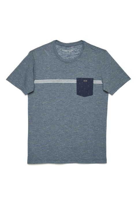 Camiseta-Fit-com-Bolso-Frontal-Masculina-Detalhe-Still--