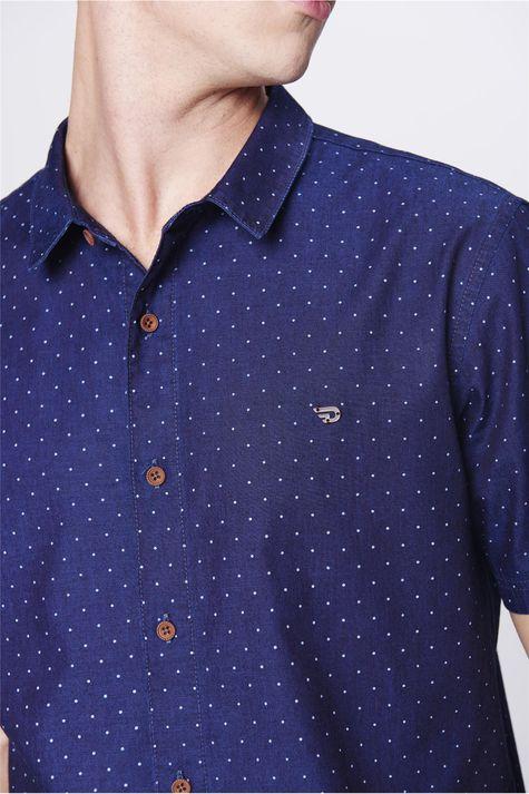 Camisa-Jeans-de-Poa-Masculina-Detalhe--