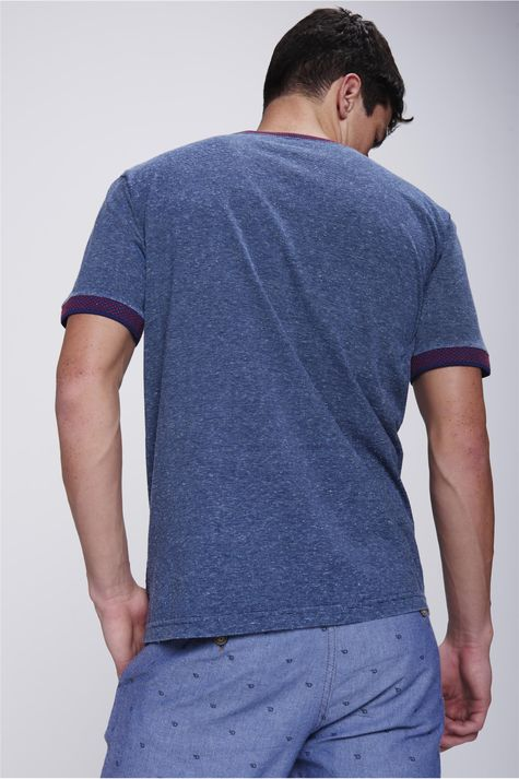 Camiseta-College-com-Botoes-Masculina-Costas--