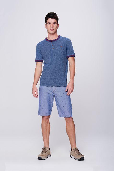 Camiseta-College-com-Botoes-Masculina-Detalhe-1--