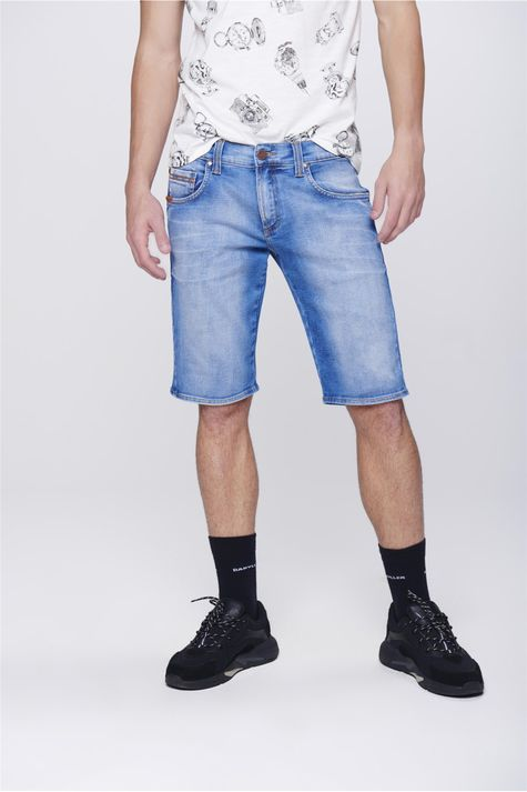 Bermuda-Jeans-com-Recorte-nos-Bolsos-Frente-1--
