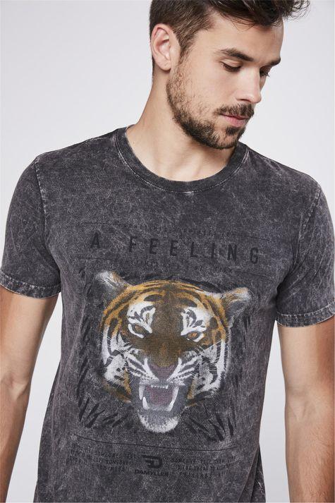 Camiseta-Fit-Tingida-Detalhe--