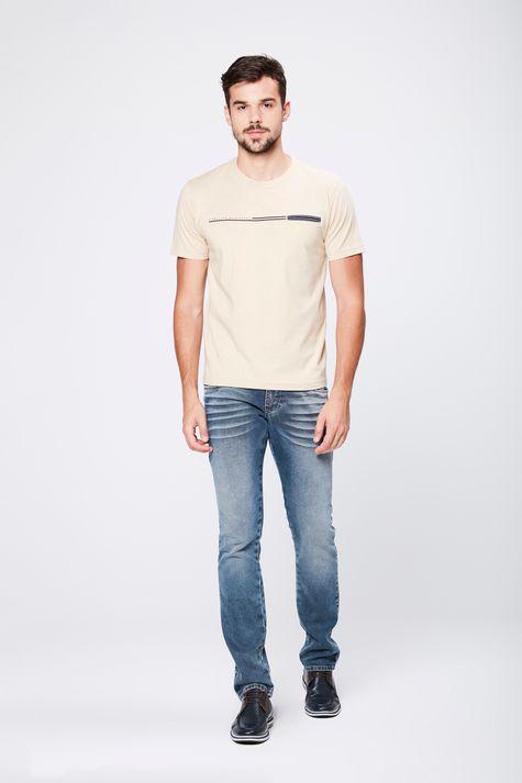 Camiseta-Basica-com-Bolso-Masculina-Detalhe-1--