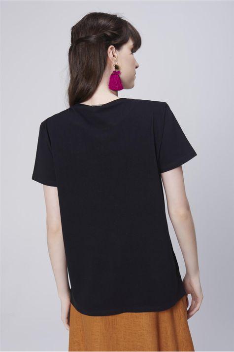 Camiseta-Estampada-com-Franja-Feminina-Costas--